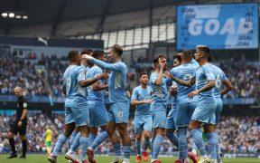 Los jugadores del City celebran el primer gol ante Norwich. (Foto: Reuters).
