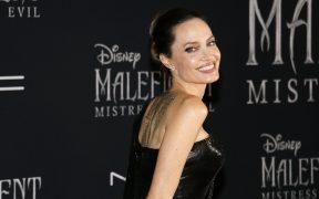 Angelina Jolie se estrena en Instagram con la carta de una adolescente en Afganistán