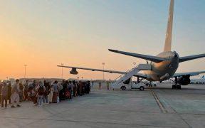 Talibanes culpan a Estados Unidos de las muertes en aeropuerto de Kabul