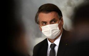 Bolsonaro quiere que se fije una fecha para poner fin a uso de cubrebocas en Brasil