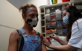Israel autoriza tercera dosis de vacuna Pfizer contra Covid-19 para mayores de 30 años