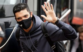 Raúl Jiménez no podrá volver con la Selección Mexicana en septiembre. (Foto: Reuters).