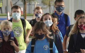 Encuesta revela que mayoría en Florida rechaza guerra de DeSantis contra escuelas por uso de cubrebocas