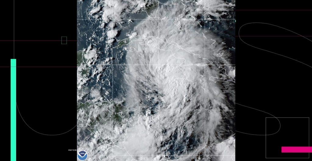 'Ida' se convierte en huracán y toca tierra en Cuba; comienza evacuación en ciudades de Louisiana, EU