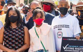 miles-personas-marchan-washington-buscan-reivindicar-derecho-voto