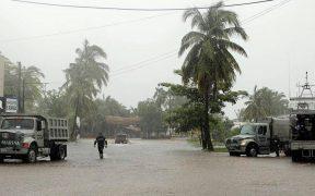 """Nora"" se degrada a baja presión remanente; mantendrá fuertes lluvias en 8 estados"
