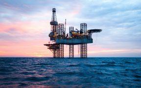 La OPEP+ se reúne para evaluar su decisión de incrementar el bombeo
