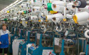 Suben los pedidos manufactureros en agosto, aunque la producción y empleo se debilitaron, informa Inegi