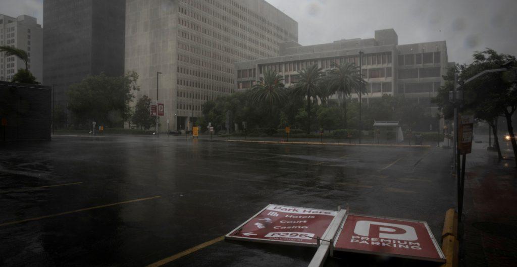 Suben a seis las muertes por el paso del huracán 'Ida' en Estados Unidos