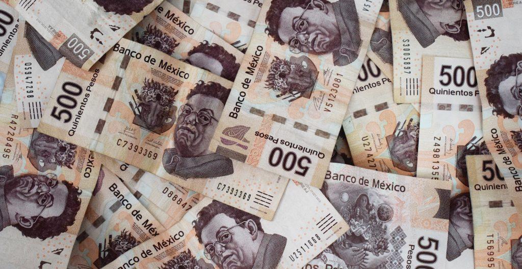 Mexicanos rompen récord en gasto y pagan 112 mil mdp en IVA para un julio, según Hacienda