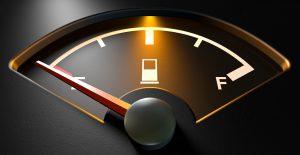 xLe pegaron los altos precios de la gasolina al Gobierno; recaudación de IEPS cayó 16% en julio