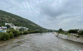 Activan Plan DN-III en Hidalgo por lluvias; reportan muertes por inundación en hospital del IMSS
