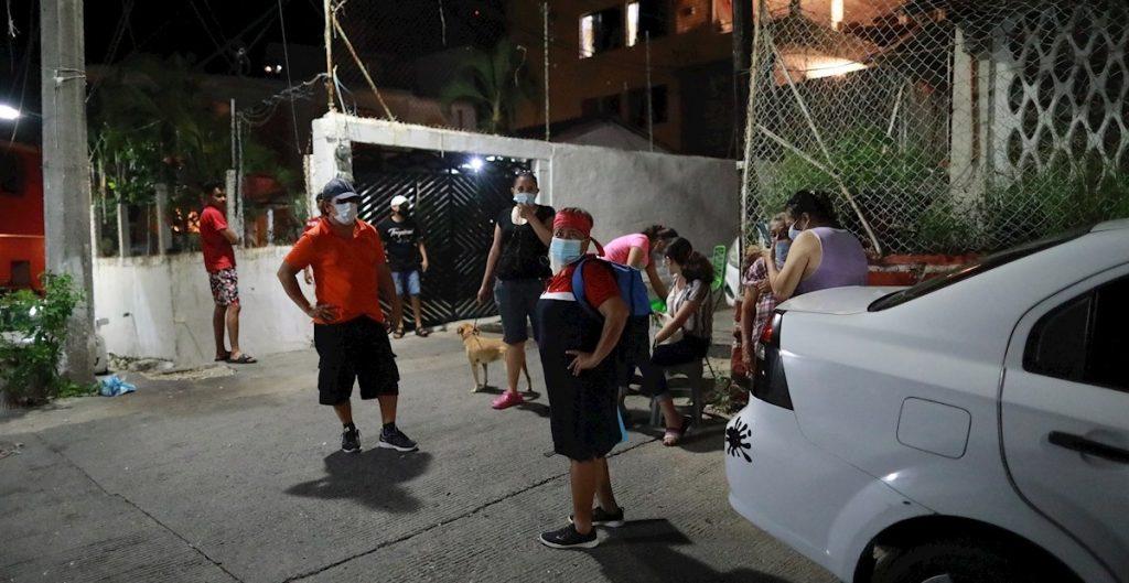 CFE restablece servicio eléctrico al 98% en CDMX, tras sismo; en Guerrero está al 92%