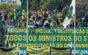 """Corte Suprema de Brasil acusa a Bolsonaro de """"atentar contra la democracia"""""""