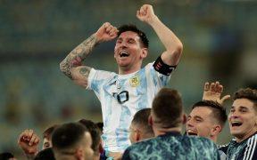 Messi disfrutó como pocas veces la conquista de la Copa América. (Foto: EFE).