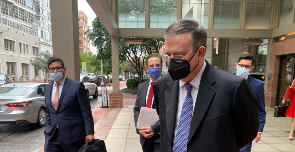Ebrard llega a Washington para comenzar diálogo económico de alto nivel; su primera reunión será con Blinken