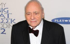 Murió el actor de 'Casarse… está en griego', Michael Constantine, a los 94 años