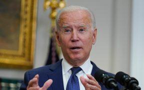 """Biden habla con Xi sobre cómo evitar que su contienda """"derive en un conflicto"""""""