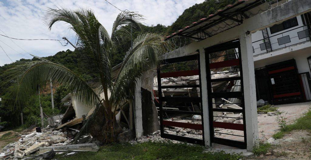 Unas 600 viviendas en Acapulco quedaron inhabitables tras sismo, denuncian vecinos