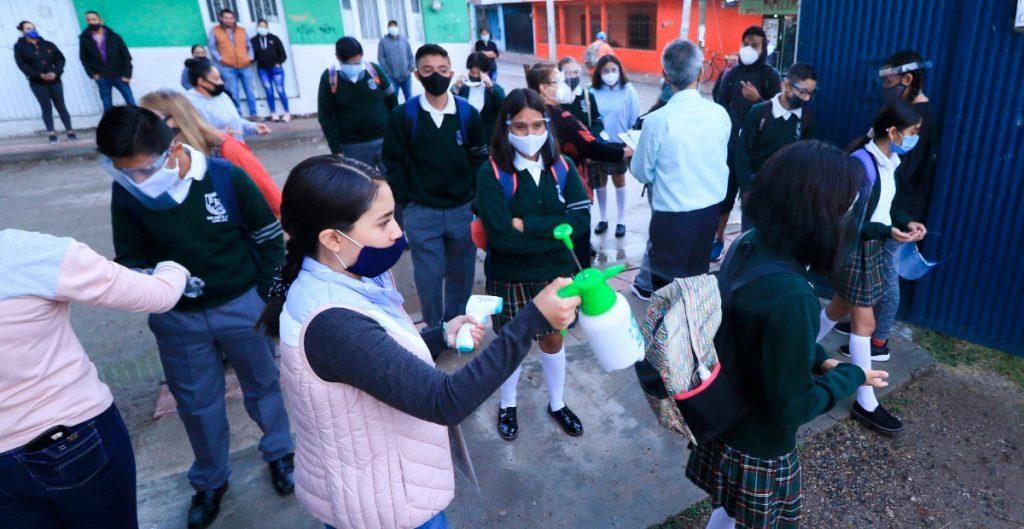 SLP acumula 42 casos de Covid-19 en escuelas tras regreso a clases