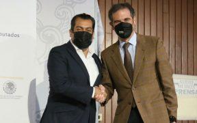 """Córdova y presidente de la Cámara de Diputados dialogan """"cordialmente"""" sobre revocación de mandato"""