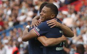 Mbappé celebra su gol en el 4-0 ante Clermont. (Foto: Reuters).