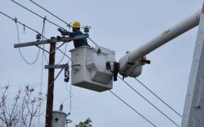 cfe-restablece-suministro-electrico-76-por-ciento-usuarios-afectados-huracan-olaf