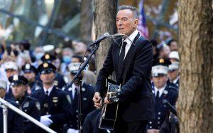 Bruce Springsteen rinde homenaje a los fallecidos en el 20 aniversario del 9/11