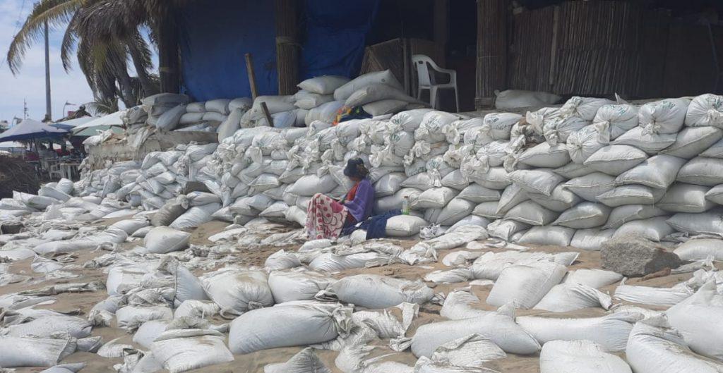 Suman 15 mil damnificados en Guerrero tras el sismo de 7.1 grados