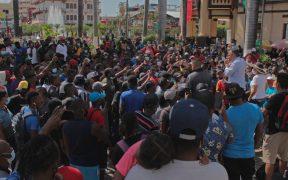 Migrantes realizan huelga de hambre en Tapachula para salir en caravana a EU