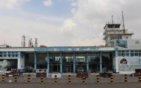 Talibanes permiten reanudar los vuelos humanitarios de la ONU a Kabul