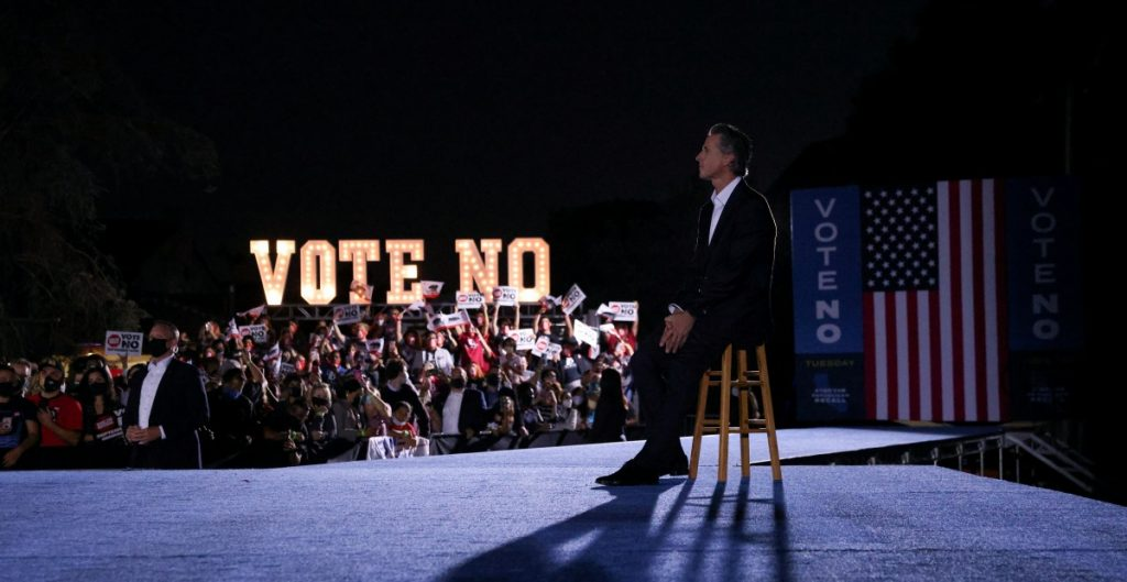 california-newsom-revocatorio-elecciones-reuters