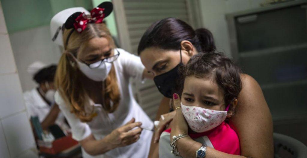 Cuba empieza a vacunar a niños de 2 a 10 años con dosis de Soberana