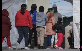Aplauden bloqueo de juez federal a expulsión de migrantes de EU por razones sanitarias