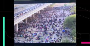 Miles de migrantes haitianos acampan en Texas tras un cruce fronterizo masivo