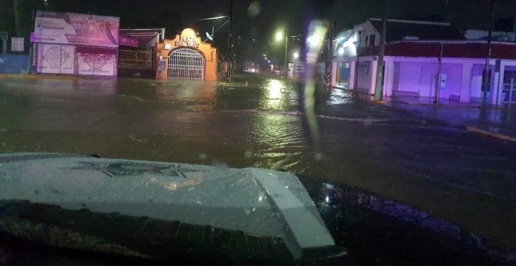 """Desalojan a 80 personas en Hidalgo por desbordamiento del río Tula ante """"lluvias atípicas"""""""