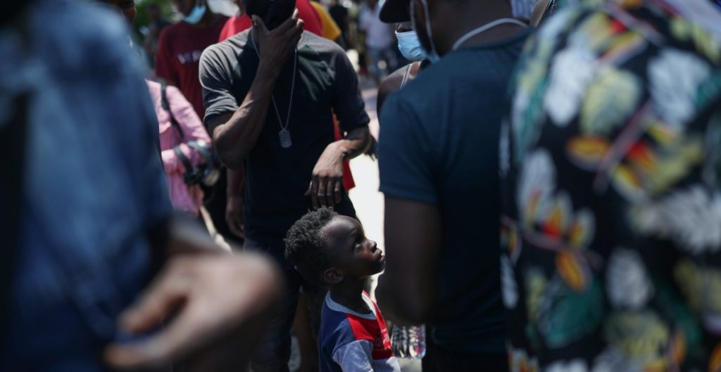 Sale caravana de más de 500 migrantes haitianos de San Fernando hacia Reynosa