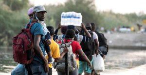 Haití expresa preocupación por sus ciudadanos que esperan en la frontera de México y EU para ser deportados