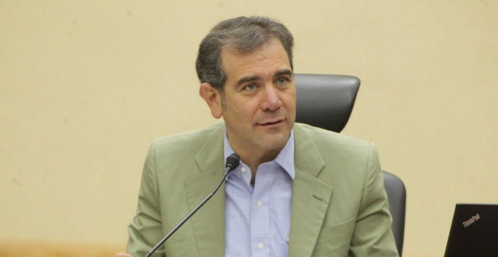 CDMX perderá distritos porque su población creció menos, responde Córdova a crítica de Sheinbaum