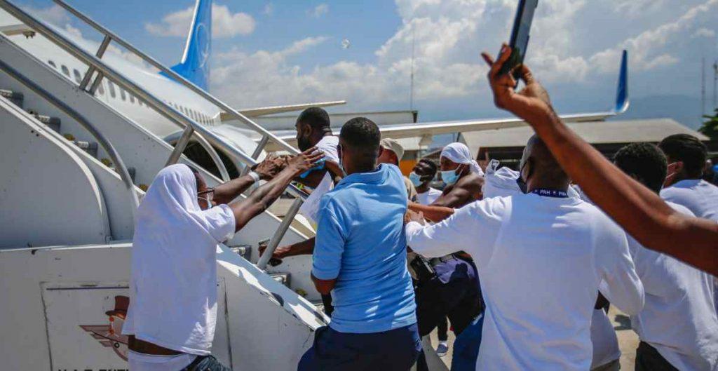 EU incumple normas internacionales con expulsión de haitianos, acusa alto comisionado de la ONU para los refugiados