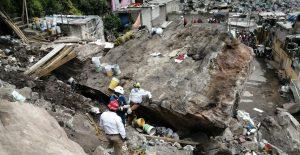 Emiten declaratoria de emergencia en Tlalnepantla por riesgo a otro desprendimiento en el Chiquihuite