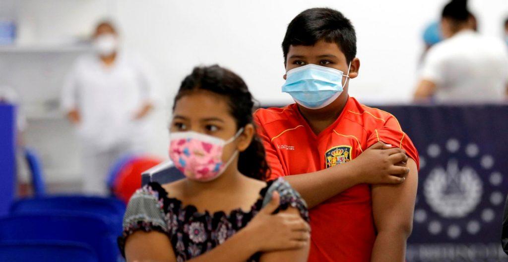 Gobierno federal omitió informar sobre vacunación al juzgado que ordenó inmunizar contra Covid-19 a niños