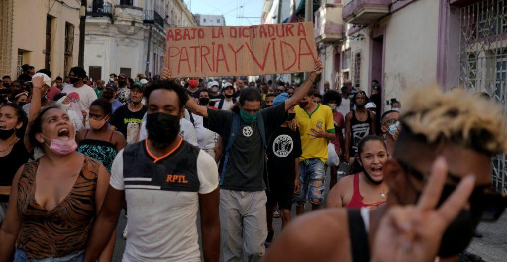 protestas-cuba-embajada-eu-reuters