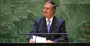 Ebrard pide a la ONU acabar con el tráfico de armas tras demanda de México a fabricantes en EU