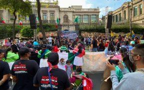 Activistas marchan en CDMX para exigir salida de paramilitares en Chiapas