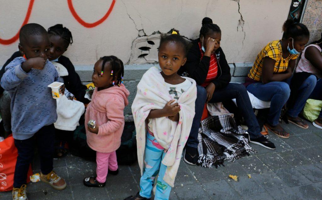 A partir de la siguiente semana México reanudará vuelos de retorno de migrantes haitianos