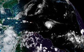 El huracán Sam comienza a reorganizarse y podría retomar fuerzas