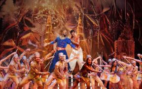 'Aladdin' vuelve a brilla en Broadway pero baja el telón por contagios de Covid-19
