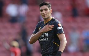Raúl Jiménez volverá con el Tri tras casi un año ausente. (Foto: Reuters).