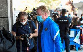 Koeman, en la concentración del Barcelona en Madrid. (Foto: EFE).